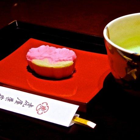 Лучшие сладости к зелёному чаю в Японии!