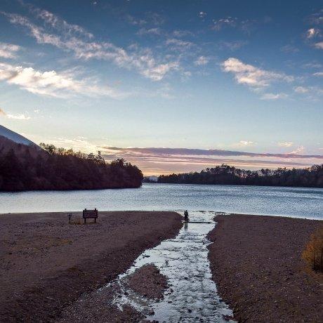 Раннее утро на озере Юноко