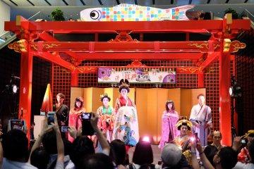 Новогодний фестиваль Эдо в Ханэде
